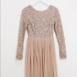 Long sleeve v back tulle maxi with sequin top